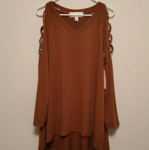 French Laundry Cold Shoulder top